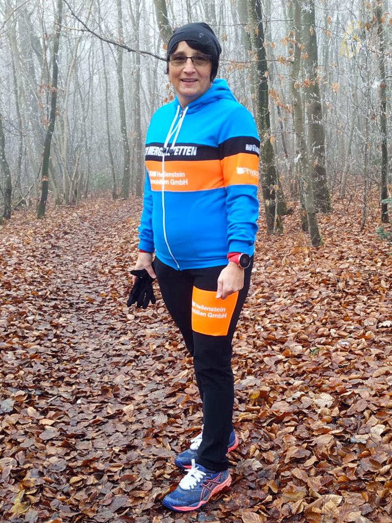 2021 - Outdoor - Team - Christine Schmozer