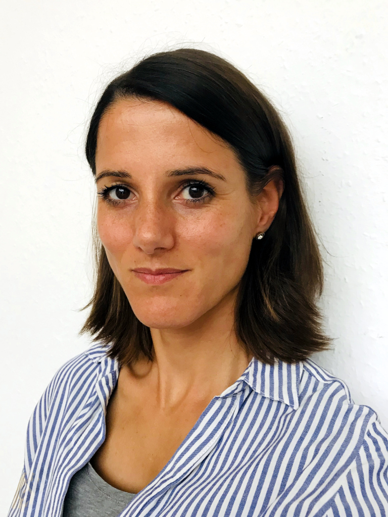 2021 - Outdoor - Team - Julia Schier